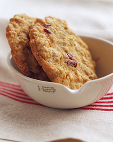 http://www.marthastewart.com/342189/oatmeal-cranberry-cookies